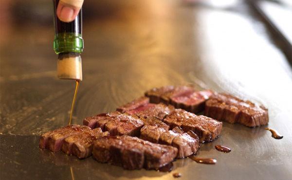 ステーキは3000円、うなぎは4000円からだろ