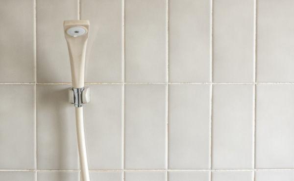 節約のためシャワーを2ヶ月に1回しか浴びなかった結果wwwwwww