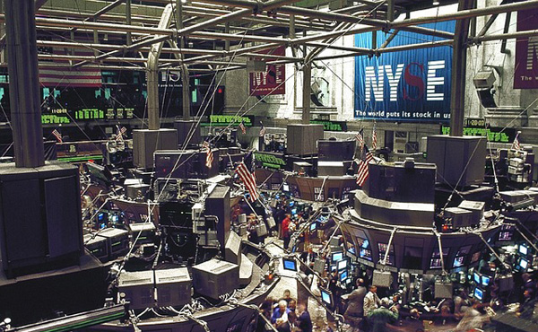 【米株式】NYダウ、5年8カ月ぶり8日続落…トランプ政権の経済政策実現に疑念根強く