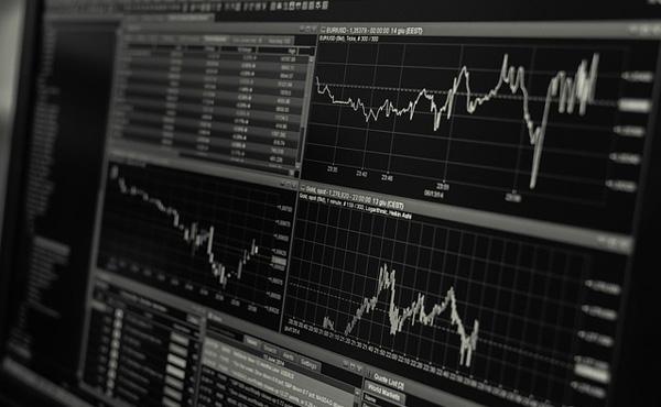 【株式】NYダウ、一時170ドル超下落…トランプ氏会見に失望