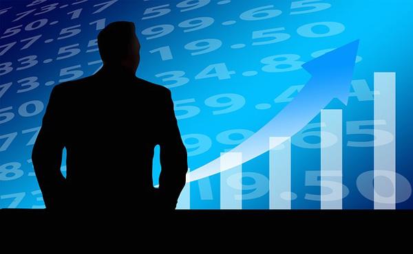 外資系投資銀行で働いてるけど質問あるか?