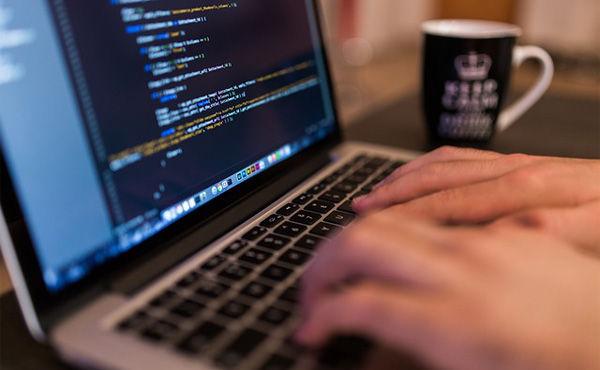 【米国】仕事を全自動化して6年間働かずに年収1000万円を得ていたプログラマーが最終的にクビに仕事を全自動化して6年間働かずに年収1000万円を得ていたプログラマーが最終的にクビに