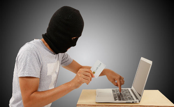 クレジットカード不正使用されたけど質問ある?