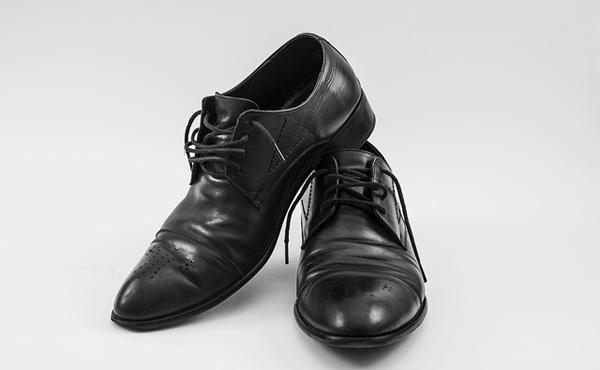 靴の修理屋を副業で始めようと思うんだけど