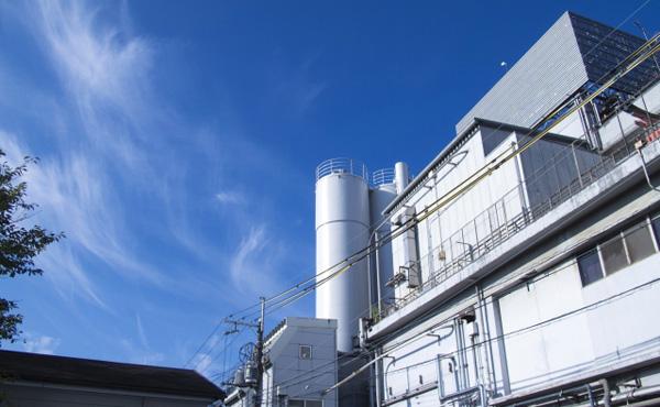 工場のおばちゃん、自社株買い続けて財産数億円