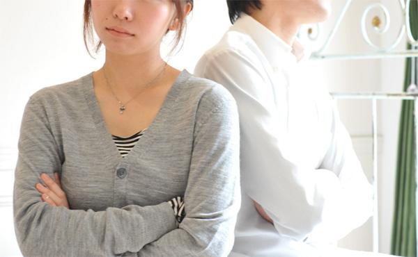 """嫁に""""給料が少ないから""""という理由で離婚を宣告された"""