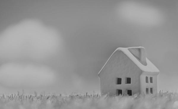 住宅ローン、7割が危機的状況、うち4割は絶望的状況