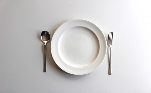 お前ら「一人暮らしの食費はだいたい月3万」←これ
