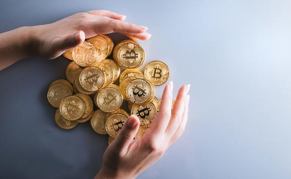 仮想通貨で毎日10万稼いでるが…