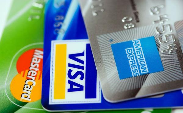 【悲報】クレジットカード会社の儲け方がえげつないと話題に