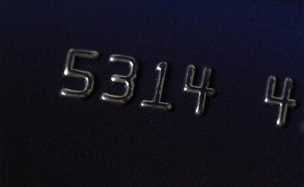 クレジットカードは全部リボ払いにしてるけどリボ払いって何でダメなの?