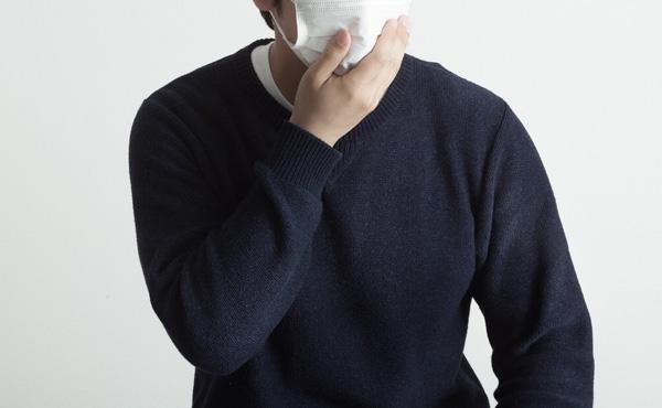 インフルエンザだけど隠して出勤します