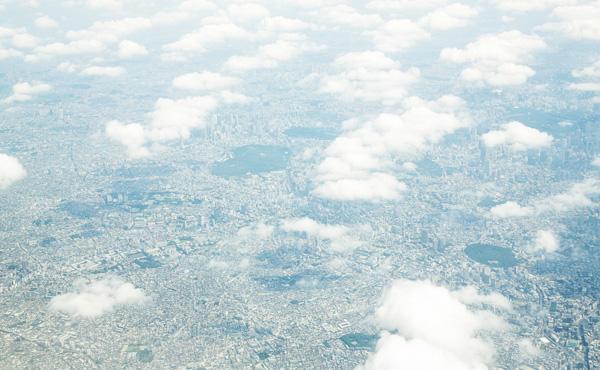 富を生むキャッシュレス 経済効果、東京で2兆円も