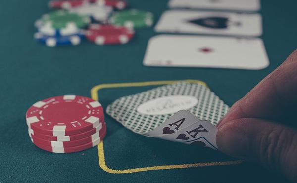 カジノ法案の審議入り決定 与党、反対押し切り強行突破