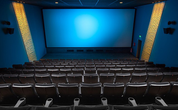 映画館で映画観たらお金がみるみる減ってワロタwwwwwwwwwwww