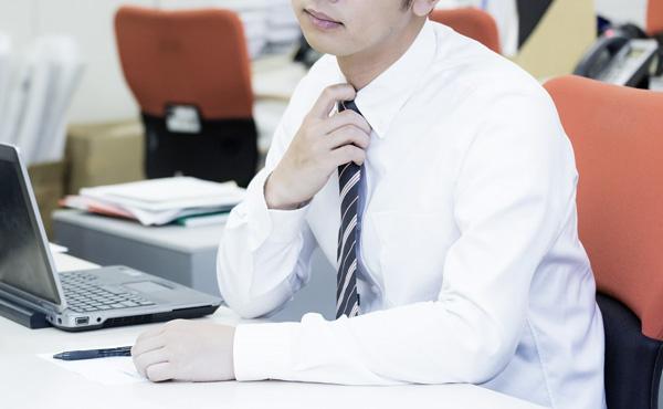 【悲報】最近の若者、サービス残業を悪いことだと洗脳される