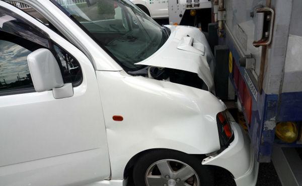 【悲報】車の修理費やばすぎワロタwwwwwwwww
