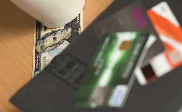 クレジットカード詳しい奴ちょっと来い