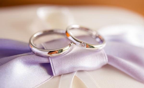 婚約指輪で40万円貯金ぶっ飛んだwwwwwwwwwwwww