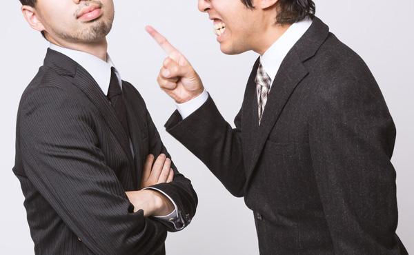 毎日怒られてる人ってなんで辞めないの?