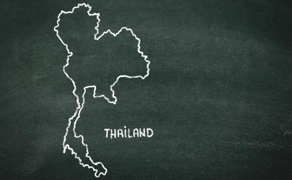 投資信託 利益年300万円でタイとかに移住するのあり?