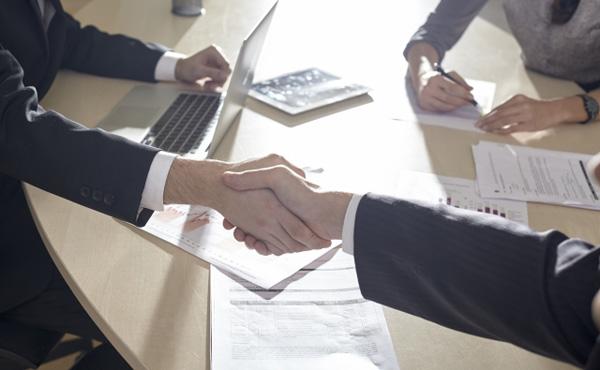 中小企業の相続税100%猶予 後継者への世代交代促す