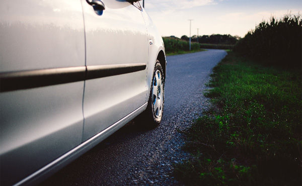 「お金はクルマ以外に」車保有してない若者 59%が購入意向なし
