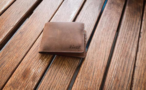 お前らの財布どこのブランド?