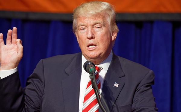 アメリカ各紙、 クリントン氏支持57社 トランプ氏支持2社 → 結果、トランプ大統領誕生へ