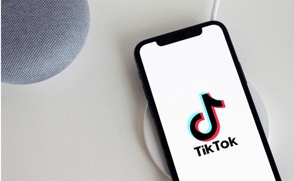 インドが「TikTok」など中国製アプリを使用禁止