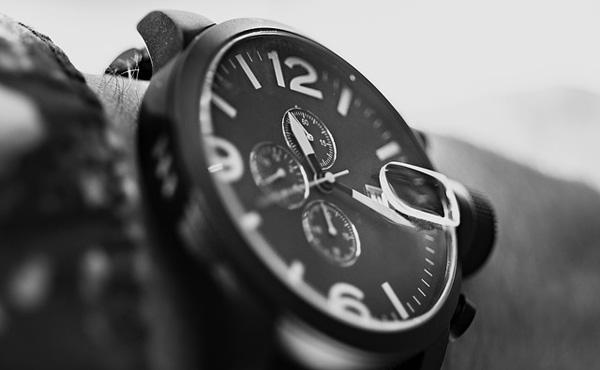 【画像】腕時計の値段って全然わからんよな