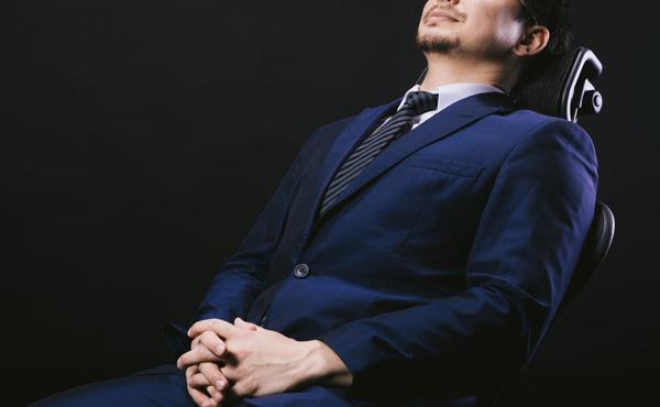 【話題】昼寝する人は「出来る人」 企業も注目