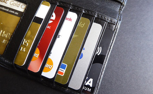 クレカってVISA、JCB、MasterCardのどれが一番おススメや?