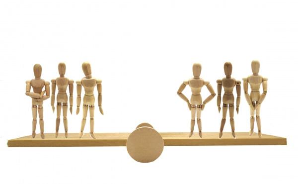 【週刊朝日】弱者が弱者をたたく「分断社会」 その背景には人口減少と経済停滞…「移民を受け入れるしかない」