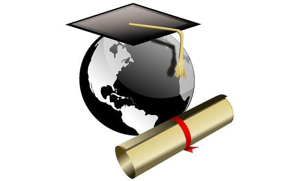 奨学金返還について4割が「苦しい」 奨学金の総額は平均312.9万円で、平均返は1万7206円 結婚にも影響