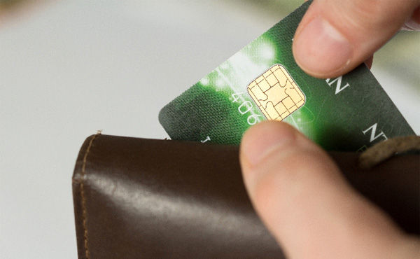 【朗報】俺、初めてクレジットカードを使い世界が変わる