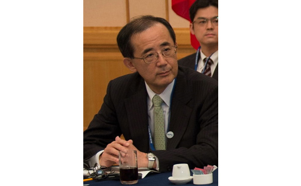 日本経済の停滞「根本原因はデフレではない」 白川・前日銀総裁