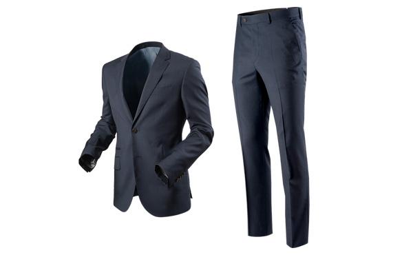 スーツ着た仕事してないんだけど一般的なスーツリーマンって年間どれくらいスーツに金かけるの?