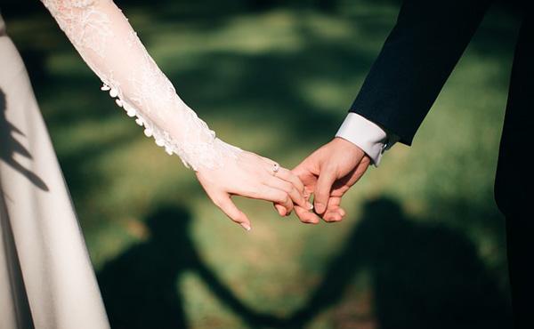 容姿や金と結婚するから離婚するんだよ