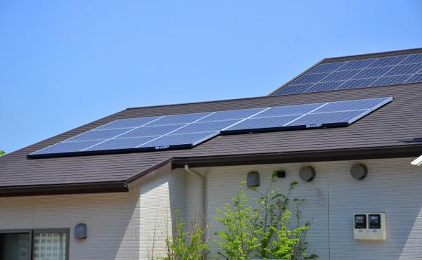 公務員って副業禁止らしいけど家に太陽光発電つけた場合はどうなるん?