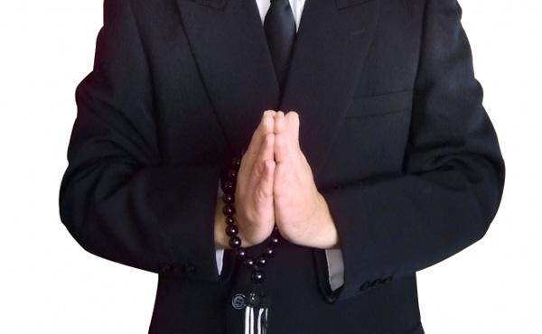葬式に金がかかるという謎の風潮