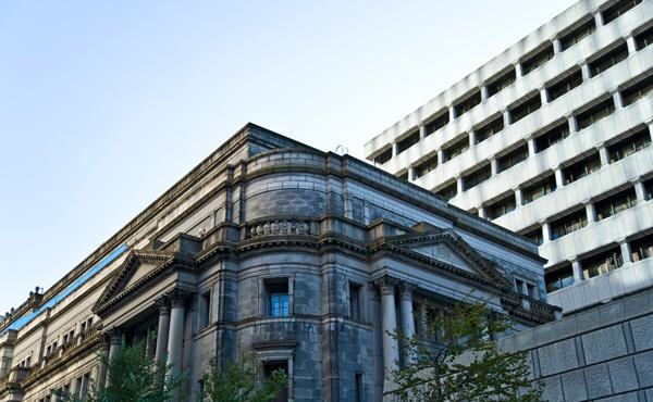 日銀 総資産初の500兆円突破 国債買い入れが影響 GDPに匹敵