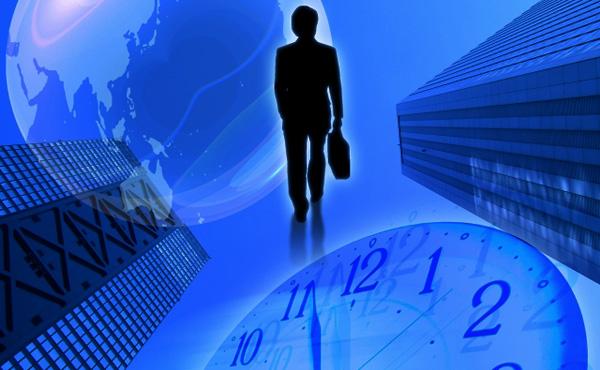 月45時間超の残業、企業に健康対策を義務付け