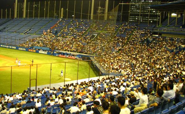 日給7000円で球場で野球見放題のバイト見つけたンゴwwwwwwww