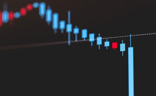 よく株で大損したとかいうけど、ずっと待ってたらそのうち株価あがったりしないの?