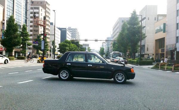 「クレジットカードの手数料は個人負担」  現役タクシードライバーが業界の実態を告発