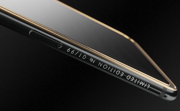 ロシア製全面太陽光パネル搭載「iPhone X TESLA」が発売される。その価格はなんとwwwww