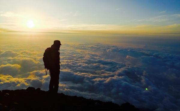 富士山登る費用高すぎワロタwww