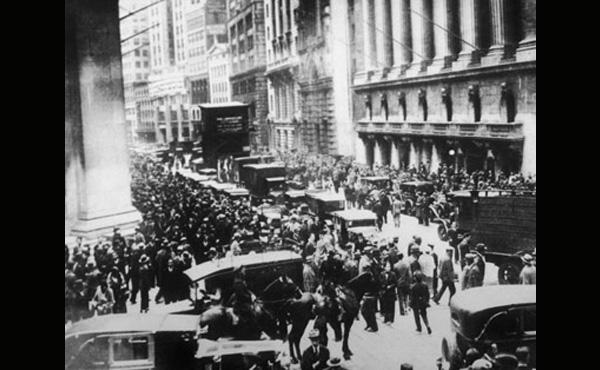 世界恐慌って何が原因で起きたの?経済学詳しい人教えて