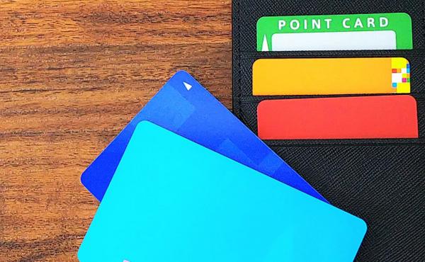 PayPayとかLINEペイで支払いしながら、ポイントカードまで出すやつwwwww